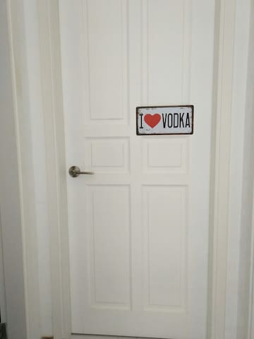Vodka Room (Spacious Single + 1)