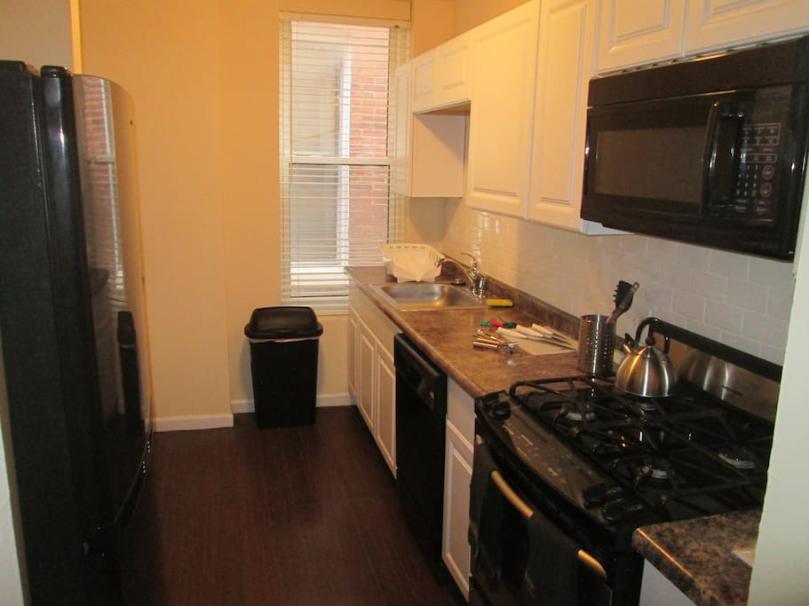 Middle Bedroom H6 Townhouses For Rent In St Louis