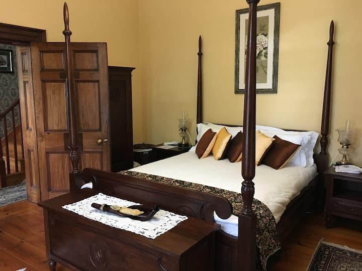 The Stone House - Rose Room - Heritage Tasmania