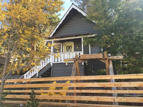 June Lake Pines Cabin 3