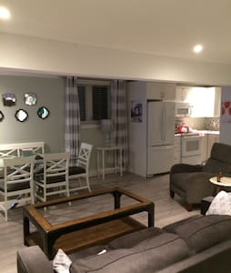 New 1.5 bedroom apartment 4 adults - St. John's