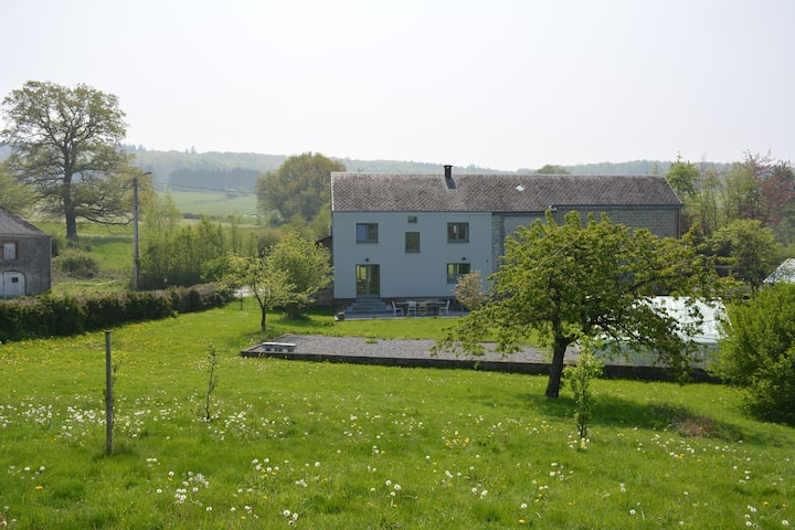 Tranquil Holiday Home, a drive away from the buzz of Luxembourg