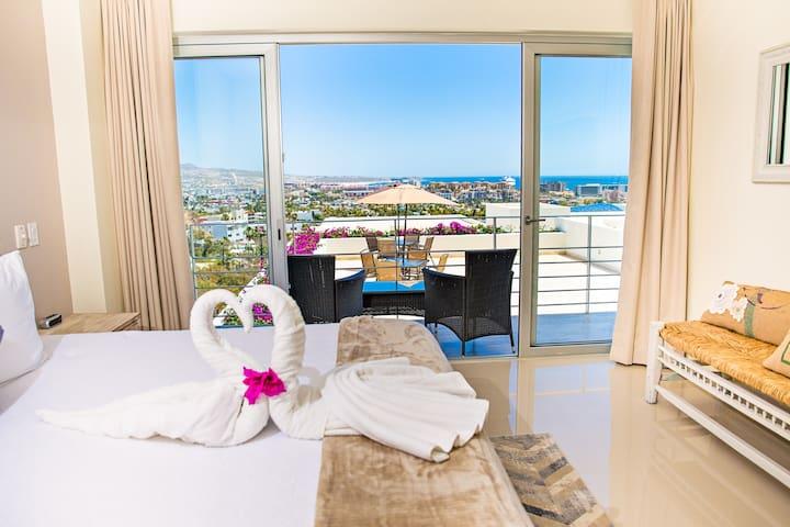 Vista del Mar-Spectacular Ocean & City Views!