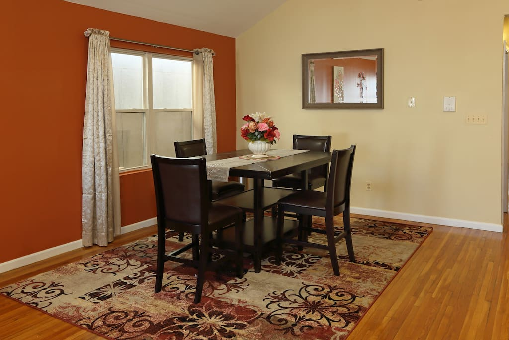 Separate dining area with 6 chairs