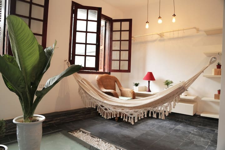 Renovated Old Quarter home since 1960s - Hanoi