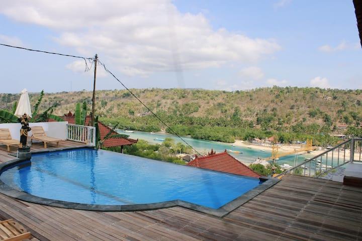 Lanussa Hill Villa. Lembongan Ocean View villa