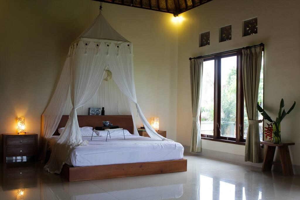 The huge bed room