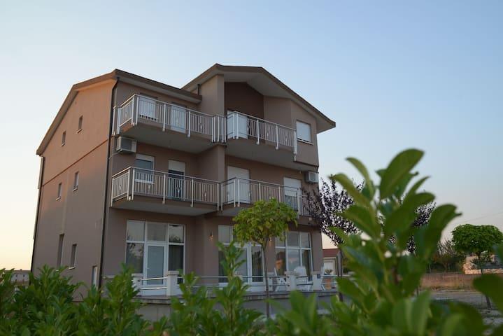 Newly built, modern, equipped Villa,