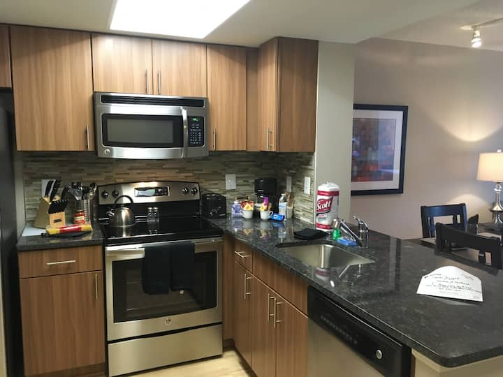 National at Courthouse 2BR