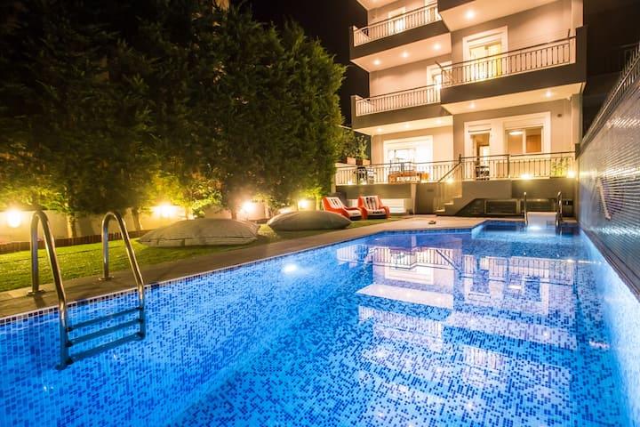 Grand Riviera Villa with Private Pool
