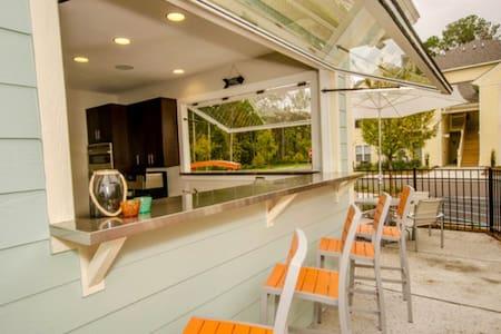 Island Retreat w/Private Master Suite &  Bath - Johns Island - Wohnung