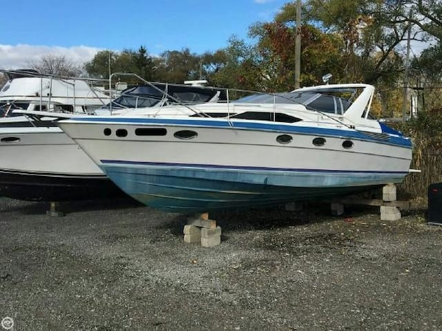 cozy & warm boat for short term stays - Bellevue - Boat