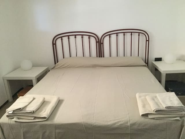 Bivani Piano terra: Camera da letto