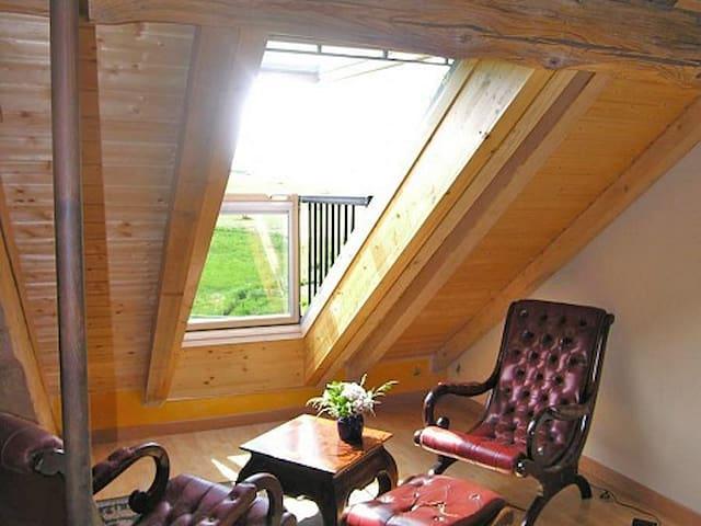 Chambre familiale cosy de charme avec Spa + Sauna