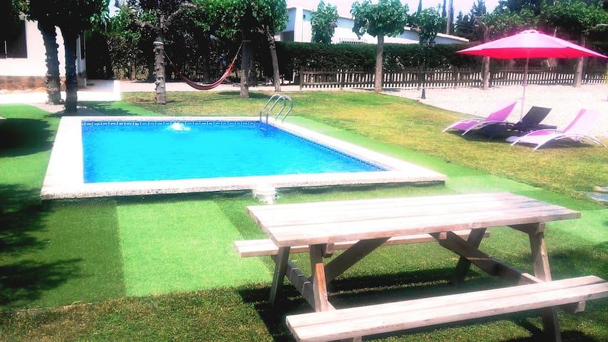 Villa Blaumar ctra Salou 12 pax - Salou - Villa