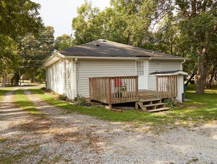 2b/2b Studio House Summerfield, Greensboro
