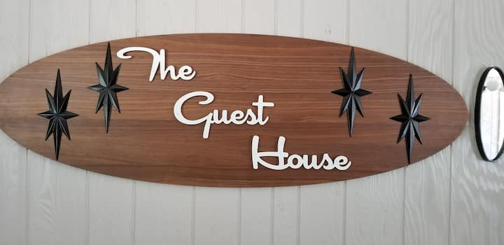 "Welcome to ""The Guest House"" of North Albany, OR"