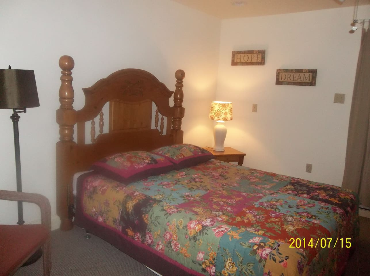 QUEEN BED WITH PRIVATE DECK OFF REAR BR