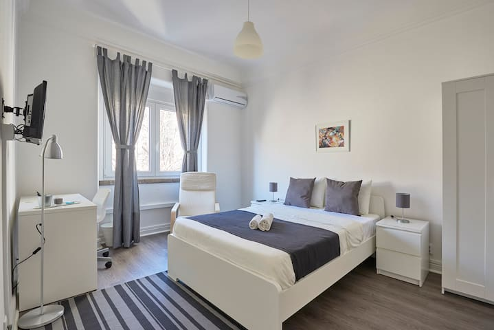 Excellent Room in the Center of the City