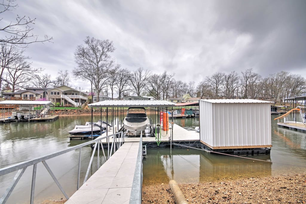 You'll have easy access to swimming from the waterfront platform!