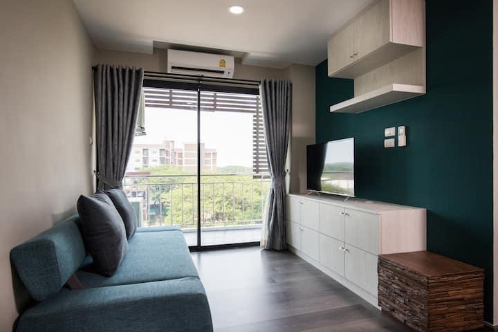 Elegant Suite 607D