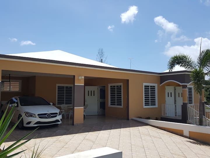 Beautiful Private House with Pool in Aguadilla