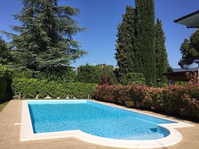 Dolcegarda, trilocale  con piscina - San Felice del Benaco