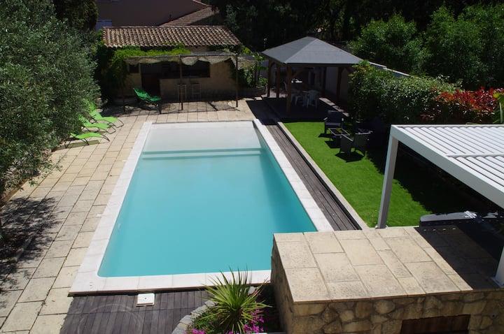 Grande villa méditérranéenne  piscine
