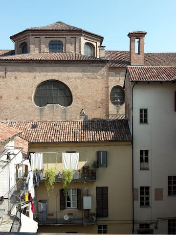 Charming flat overlooking the roofs - Asti - Appartement
