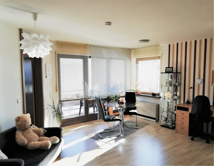 Gemütliche Wohnung - naturnah & gute Anbindung