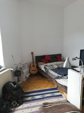 18qm room in shared apartment in Regensburg CHEAP