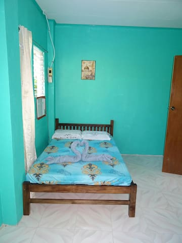 MDS House big double room 1 (aircon)