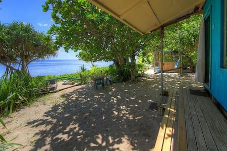 Blue Banana Beach House/Boat House