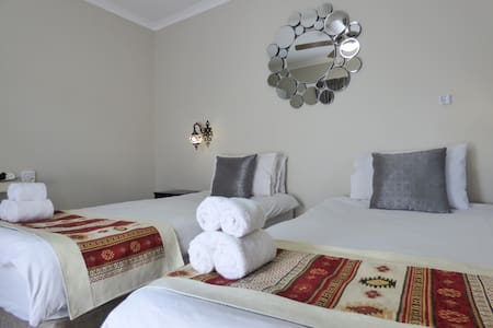 Tsumeb Backpackers Room #4
