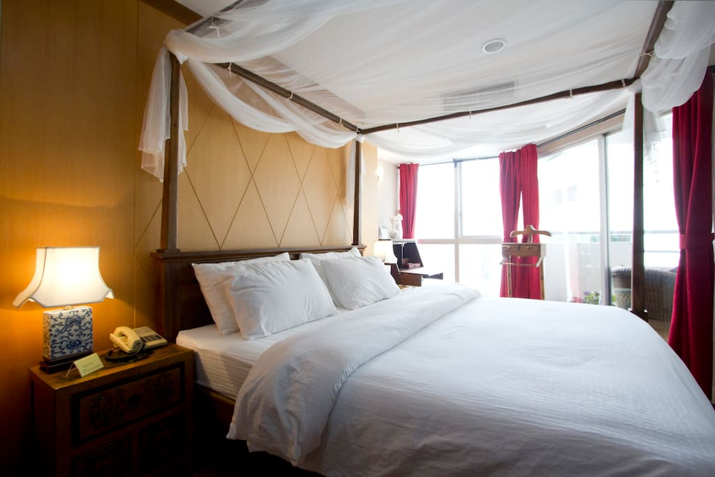Bedroom with view of residential area Phrom Phong