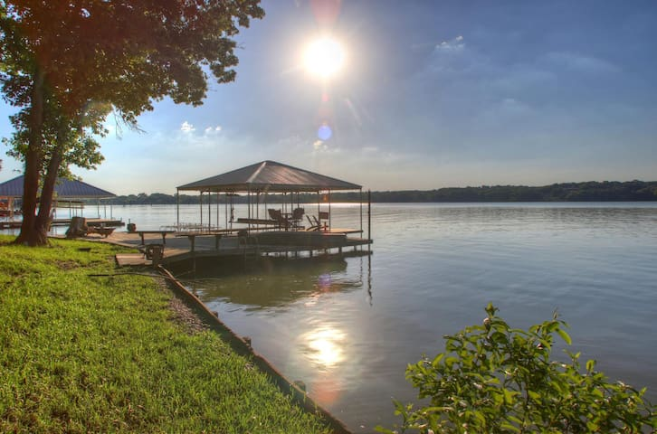 Moss Lake Waterfront Home- Gainesville, TX - Gainesville - Huis
