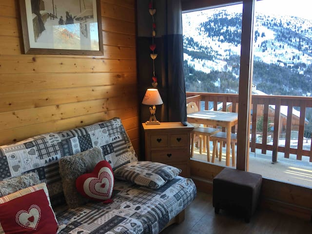 MERIBEL CENTRE -2P -