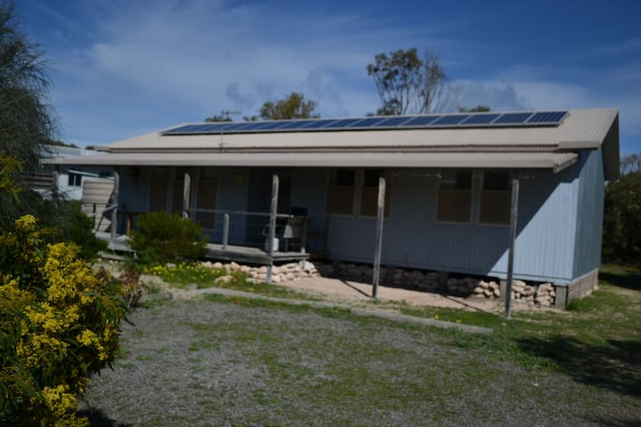 Dolphin Den Holiday House close to the beach - Marion Bay - Casa