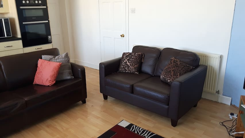 Tysilio Room - Family suite which sleeps 6