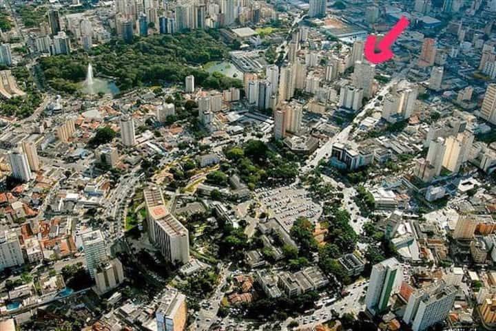Bem Localizado, Pça Cívica e Bosque, ApêFamília