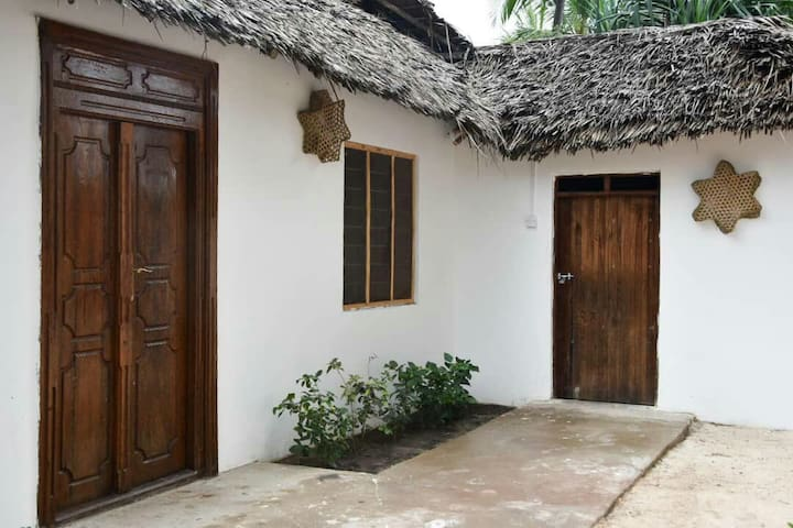 Tumbo Swahili Villa.Entire house with two bedrooms