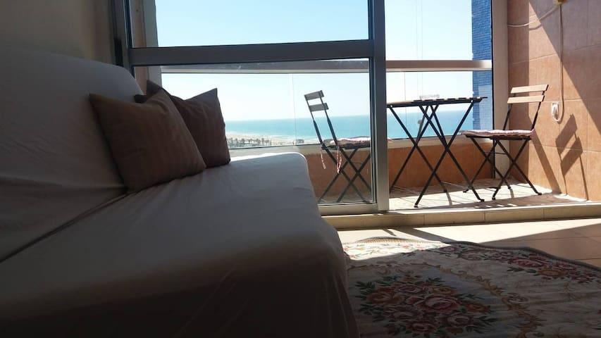Sea&pool Apartment