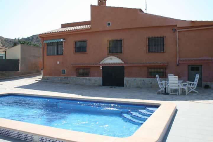 Bonalba Alta villa