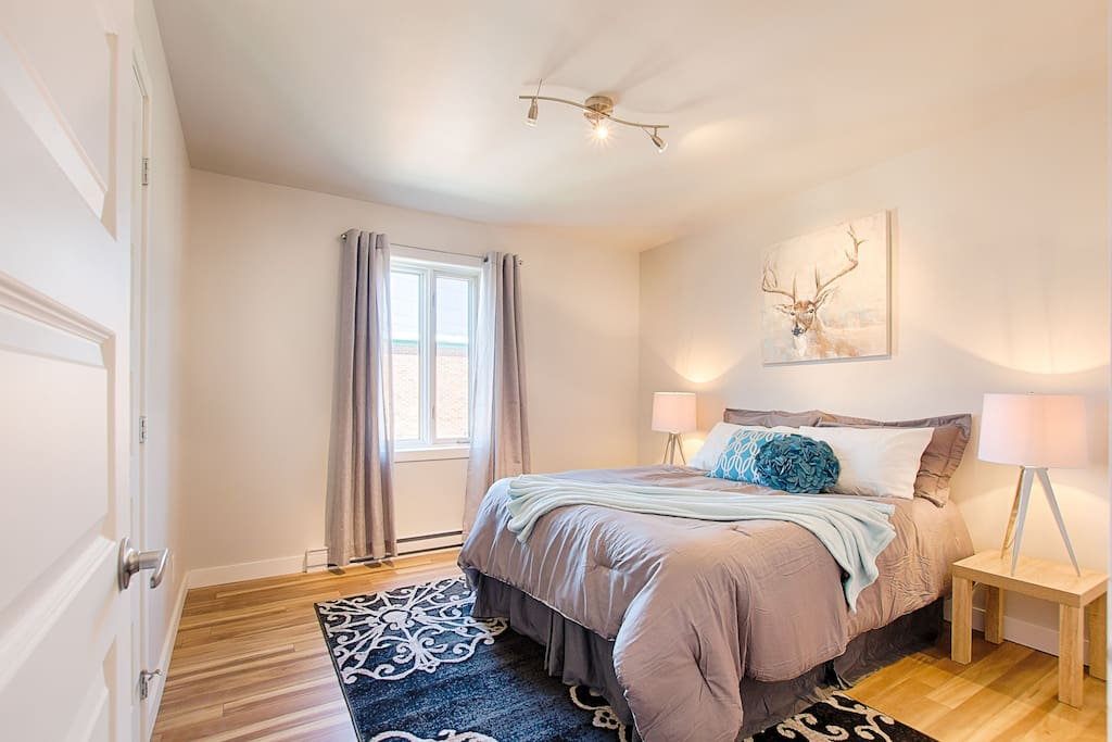 Room with closet *****