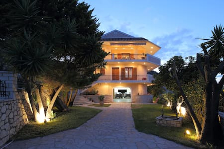 Villa Corina Apolpena  Lefkada - APARTMENT2