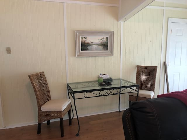 Everglades City private waterfront home