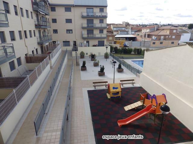 beau appartement a cote du Mar d'Aragon - Caspe - Selveierleilighet