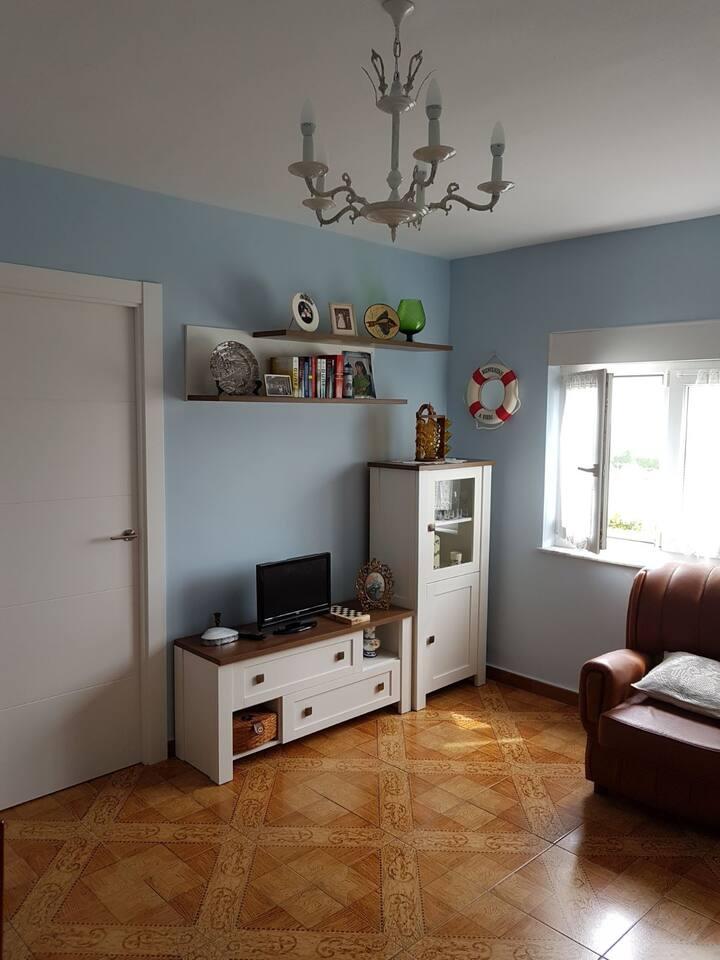 Acogedor apartamento costero en Asturias(Bañugues)