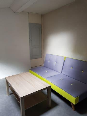 Cité médievale petit studio