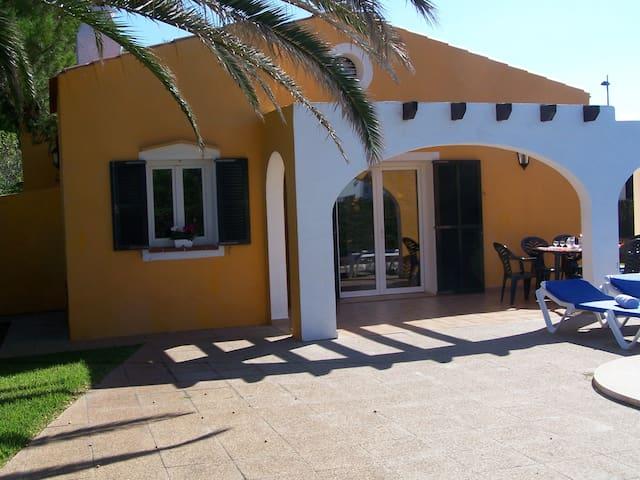 Villa con piscina en Cap D'Artruix